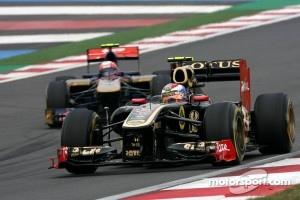 Vitaly Petrov, Lotus Renault