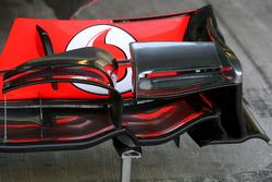 McLaren Mercedes Technical detail front wing