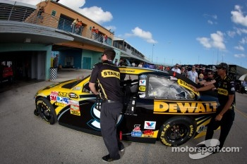 Car of Marcos Ambrose, Petty Motorsport Ford