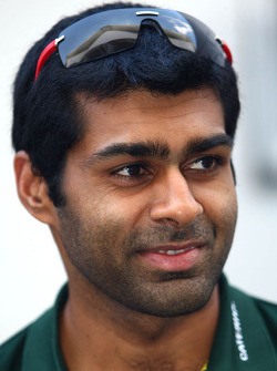 F1: Karun Chandhok, test driver, Lotus F1 Team