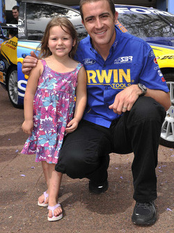 Alex Davison visits the Children's Hospital at Westmead