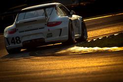 #48 Paul Miller Racing Porsche GT3: Rob Bell, Sascha Maassen, Bryce Miller
