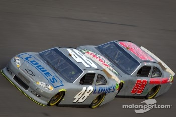 Jimmie Johnson, Hendrick Motorsports Chevrolet, Dale Earnhardt Jr., Hendrick Motorsports Chevrolet