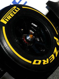 Pirelli tire - Sauber C31 Ferrari Launch