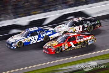 Carl Edwards, Roush Fenway Racing Ford, Jamie McMurray, Earnhardt Ganassi Racing Chevrolet, Kurt Busch, Phoenix Racing Chevrolet