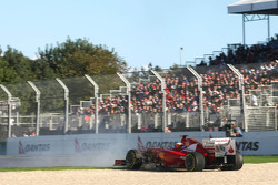 Fernando Alonso, Scuderia Ferrari goes off the track in Q2