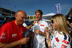 Gabriele Tarquini, SEAT Leon WTCC, Lukoil Racing Team and Tom Chilton, Ford Focus S2000 TC, Team Aon