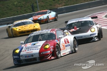 #67 IMSA Performance Matmut Porsche 911 RSR: Anthony Pons, Nicolas Armindo, Raymond Narac