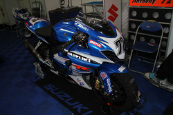 72 - Anthony Delhalle - Suzuki GSX-R 1000 - Junior Team L.M.S. Suzuki