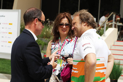 John Yates, London Metropolitan Police Service Former Assistant Commissioner and Bahrain Police Force Advisor, with Robert Fearnley, Sahara Force India F1 Team Deputy Team Principal