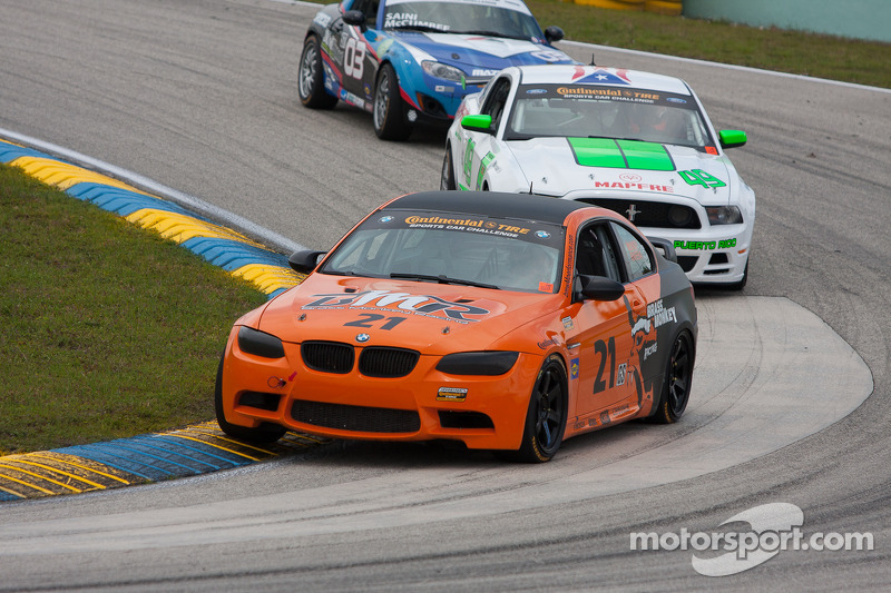 #21 Brass Monkey Racing BMW M3 Coupe: Dave Mundy, Tony Rivera