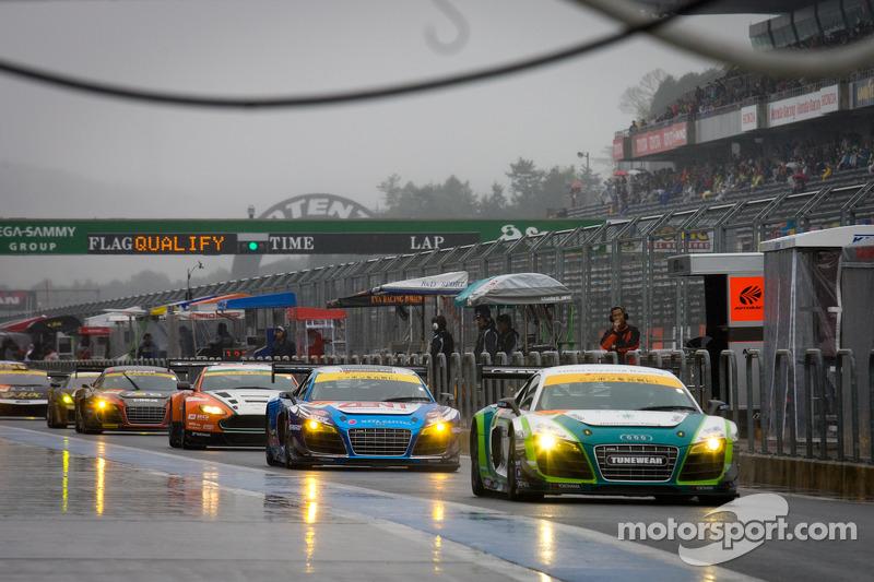 #20 Hitotsuyama Racing Audi R8 LMS: Frank Yu, Hideki Noda, Kenji Kobayashi