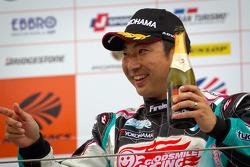 GT300 podium: winner Tatsuya Kataoka