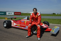 Jacques Villeneuve with his father's 312 T4
