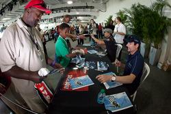 Alex Tagliani, Team Barracuda - BHA Honda and Jean Alesi, FP Journe – Fan Force United Lotus