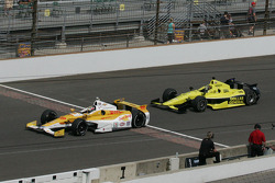 Ryan Hunter-Reay, Andretti Autosport Chevrolet and Josef Newgarden, Sarah FisherHartman Racing Honda