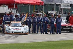 #10 Sun Trust Racing Corvette DP team