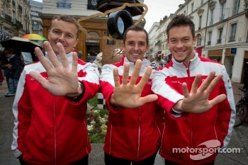 Hand imprint ceremony: 2011 24 Hours of Le Mans winners Marcel Fässler, Benoit Tréluyer and Andre Lotterer