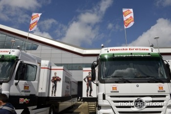 Team Gresini trucks