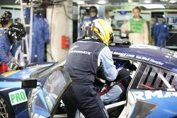 #77 Team Felbermayr-Proton Porsche 911 RSR: Marc Lieb, Richard Lietz, Wolf Henzler