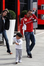 Fernando Alonso, Ferrari with his family