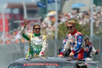Simona de Silvestro and James Jakes