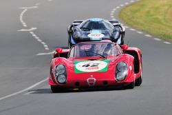 #42 Alfa Romeo T33/2: Dieter Roschmann, Dominik Roschmann