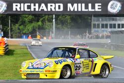 #29 Porsche 911 RSR: Michel Lecourt, Raymond Narac