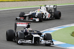 Pastor Maldonado, Williams leads Sergio Perez, Sauber