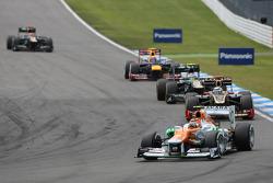 Nico Hulkenberg, Sahara Force India Formula One Team ahead of Kimi Raikkonen, Lotus F1 Team and