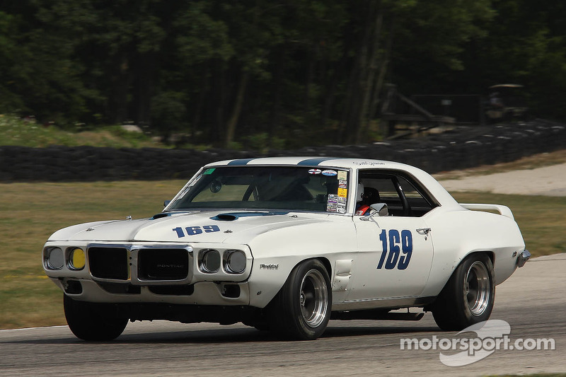 [Image: vintage-the-hawk-2012-169-1969-pontiac-f...graham.jpg]