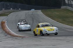 #01 1064 Porsche 356 SC: James Jackson #777 1964 Porsche 356 SC: John Schrecker