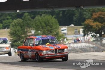 #02 1969 BMW 2002: Garon Heycook 