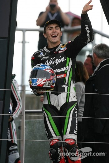 Loris Baz