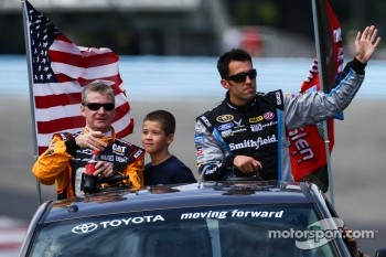 Jeff Burton, Aric Almirola