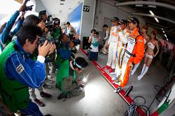 GT300 pole winners Hiroki Yoshimoto, Kazuki Hoshino and Hiroki Yoshida