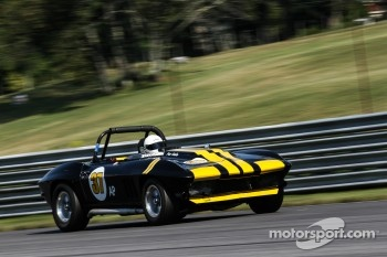 37 Tony Carpanzano New Milford, Conn. 1965 Chevy Corvette