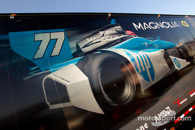 Transporter for Simon Pagenaud, Schmidt/Hamilton Motorsports Honda