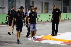Sebastian Vettel, Red Bull Racing walks the circuit with Guillaume Rocquelin, Red Bull Racing Race Engineer