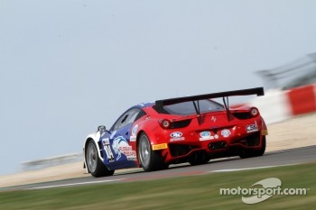 #104 Russian Bears Motorsport Ferrari 458 Italia: Sergey Ryabov, Miguel Toril