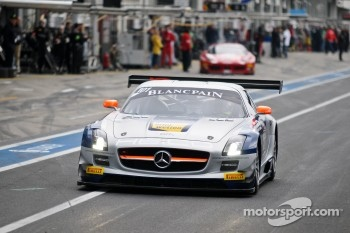 #101 Heico Gravity-Charouz Team Mercedes-Benz SLS AMG GT3: Dominik Baumann, Maximilian Buhk