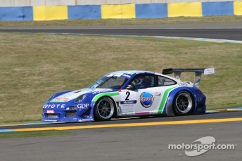 #2 Pro GT by Almeras Porsche 911 GT3 R: Henry Hassid; Anthony Beltoise