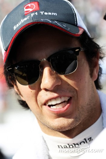 Sergio Perez, Sauber on the grid