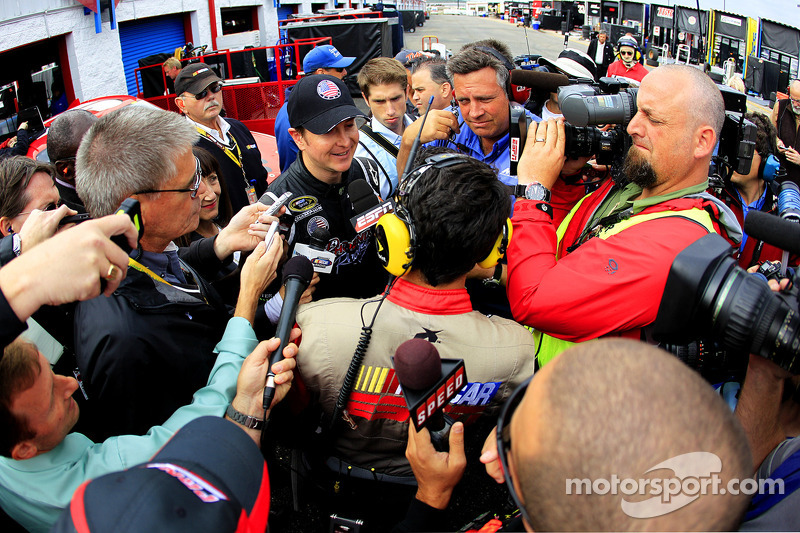 Kurt Busch, Phoenix Racing Chevrolet talks with media after retiring from the race