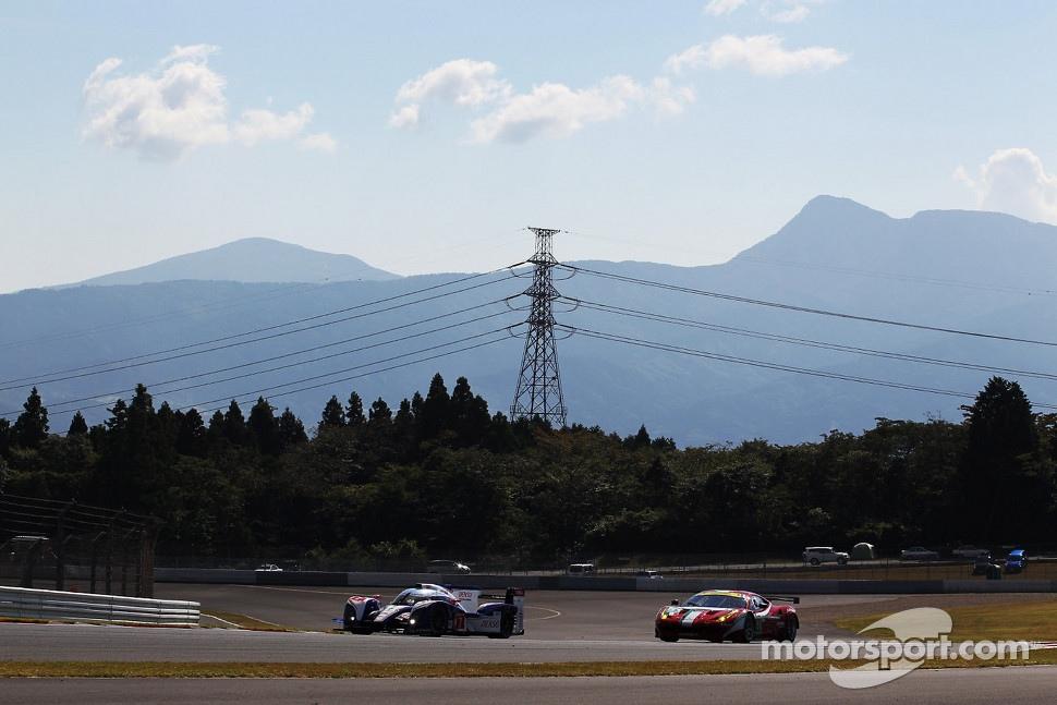 http://cdn-7.motorsport.com/static/img/mgl/1400000/1470000/1474000/1474100/1474167/s1_1.jpg