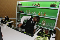 Patron bar