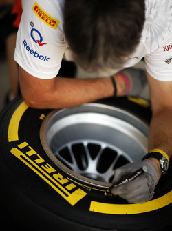 Pirelli tyres marked by the Sahara Force India F1 Team