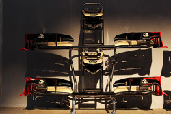 Lotus F1 E20 front wings