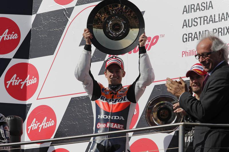 Race winner Casey Stoner, Repsol Honda Team