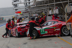 AF Corse Ferrari 458 italia going into the garage during practice #3